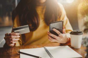 diferencia entre crédito y prestamo