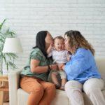 Adopción de niños en España: procesos y trámites