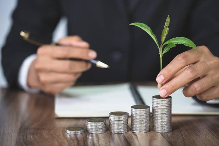¿Qué son los seguros de ahorro? ¿Son una buena opción para ti?